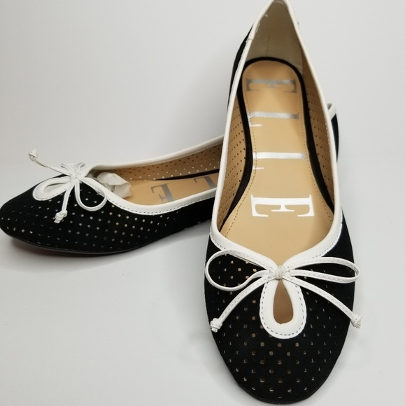 Elle Shoes - *New* String Bow Flats